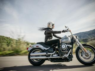 motor bike lady